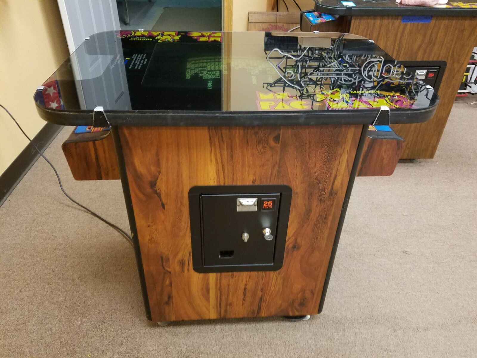 Pacman Table Game >> Ms Pacman Cocktail Table W 24 Game Multi Pac For Sale